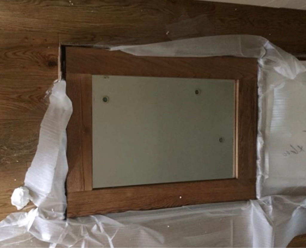 SOLID OAK MIRRORS IN BOXES
