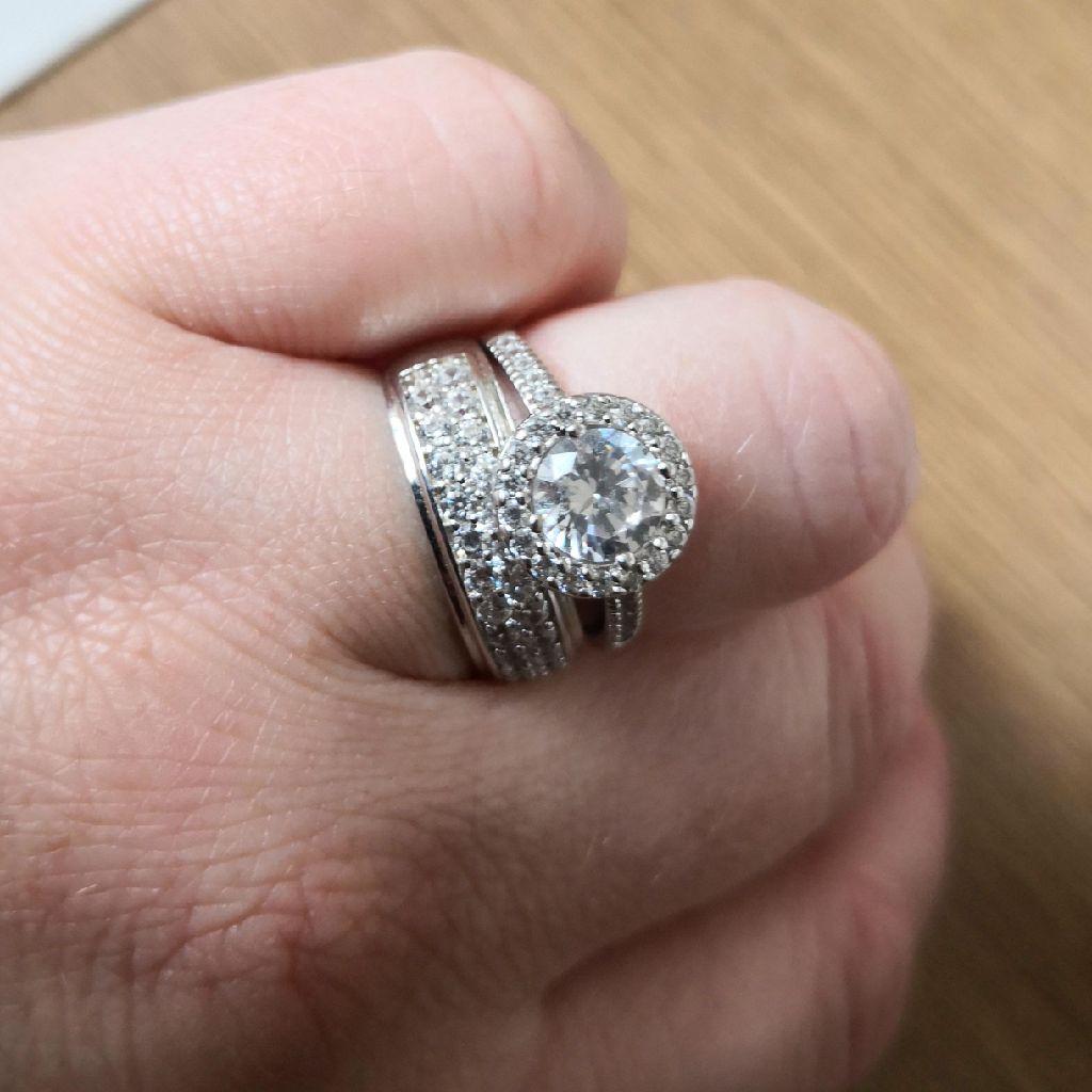 Ladies ring set
