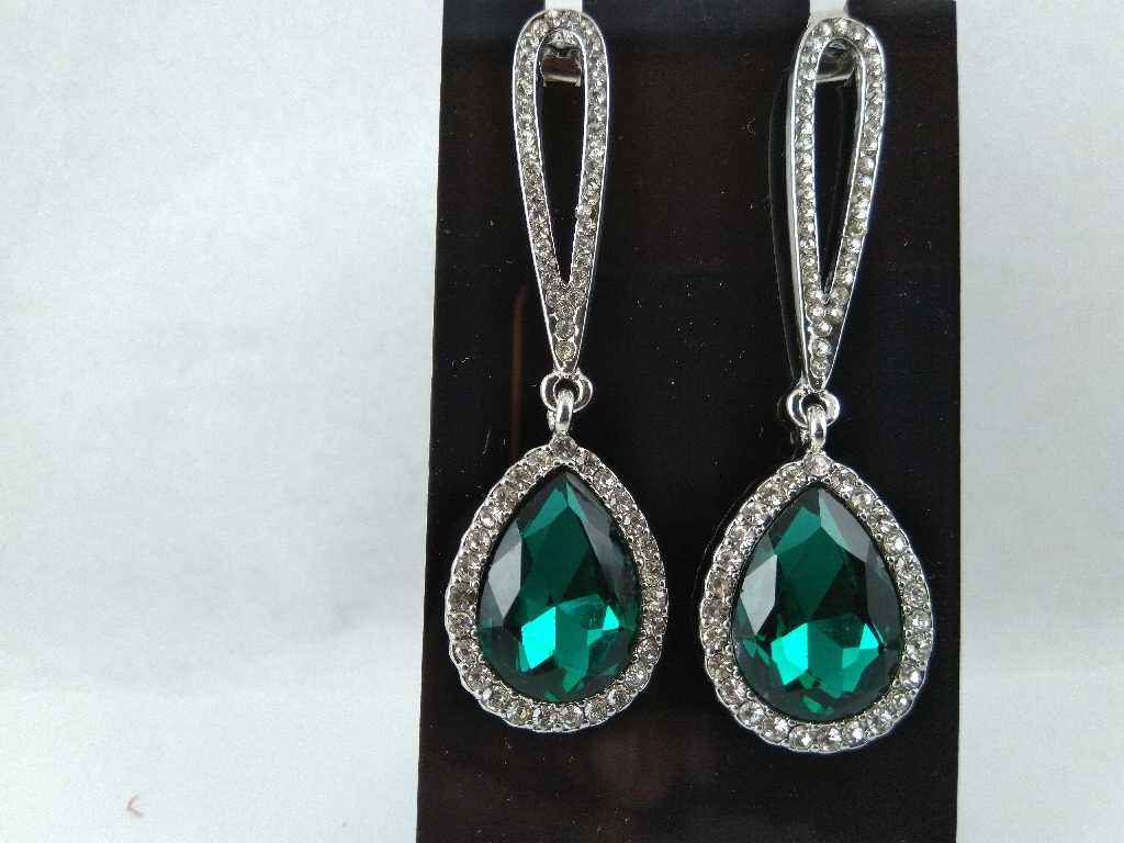 Long earrings green with stone's