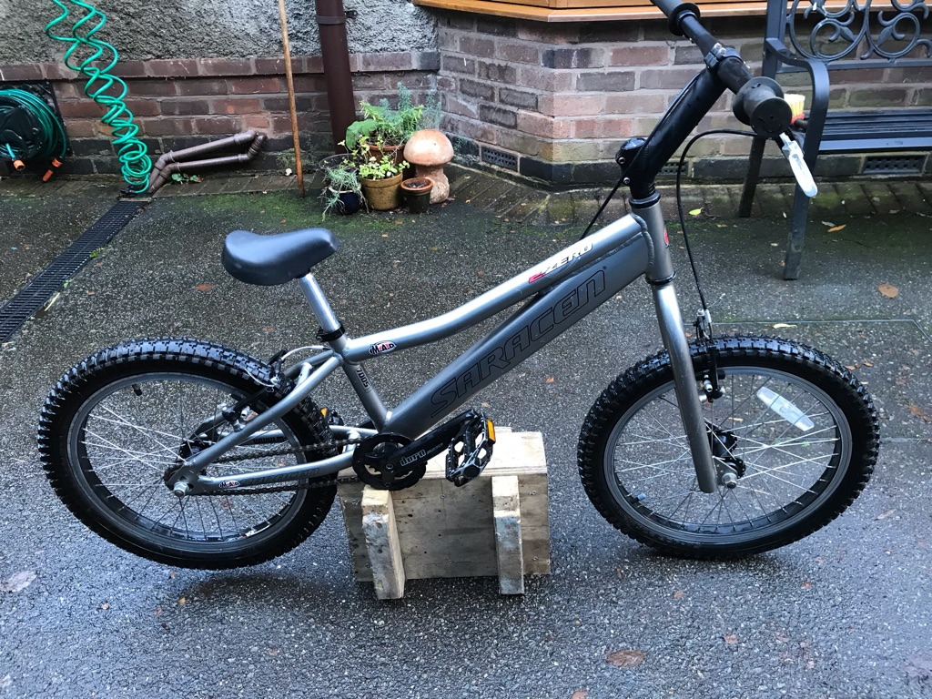 Saracen mad 2 Zero trick bike