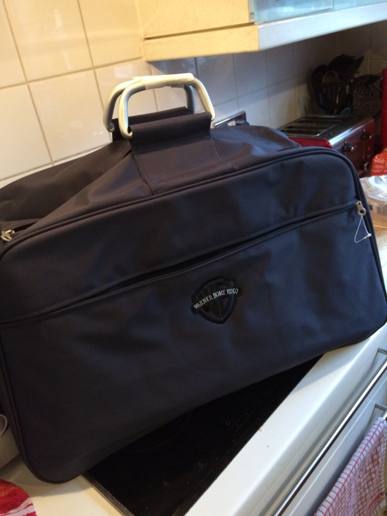 Large hand luggage bags