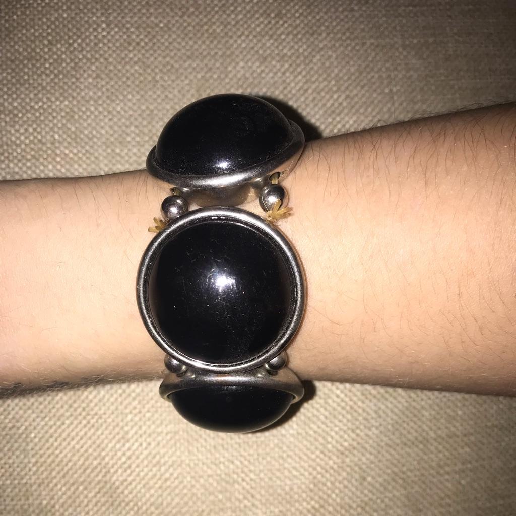 Black and sliver circle chunky bracelet