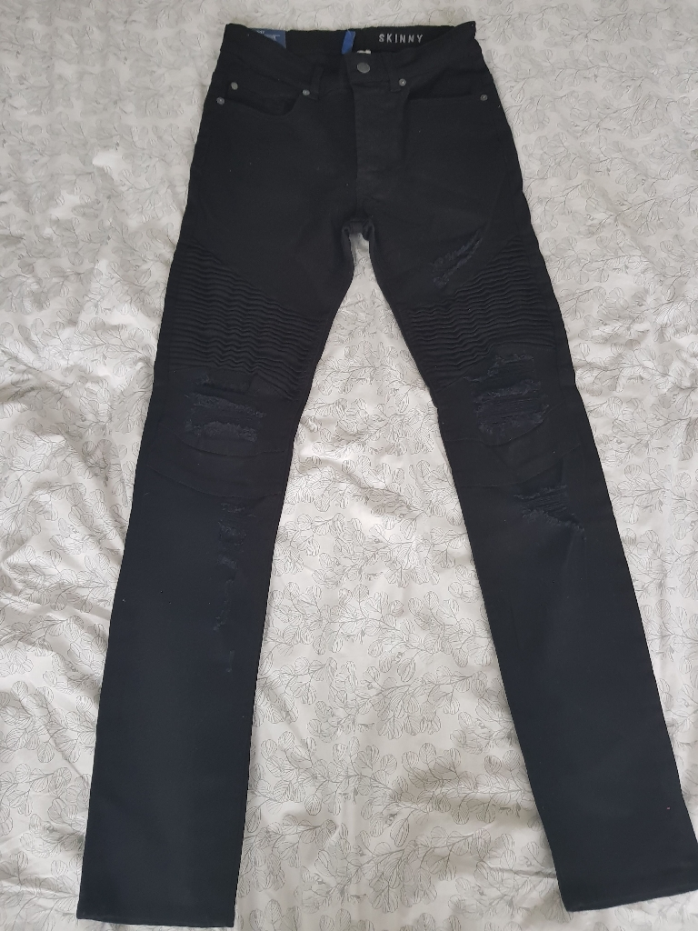 H & M ripped skinny jeans size 28 Mens