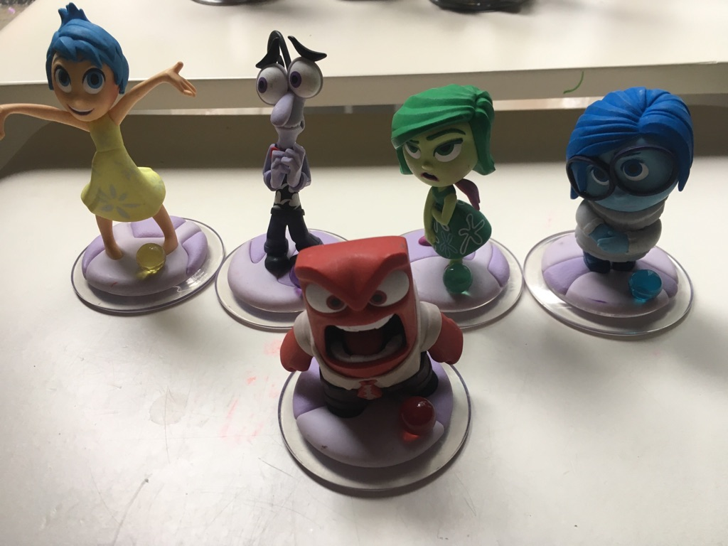 Disney infinity play figures