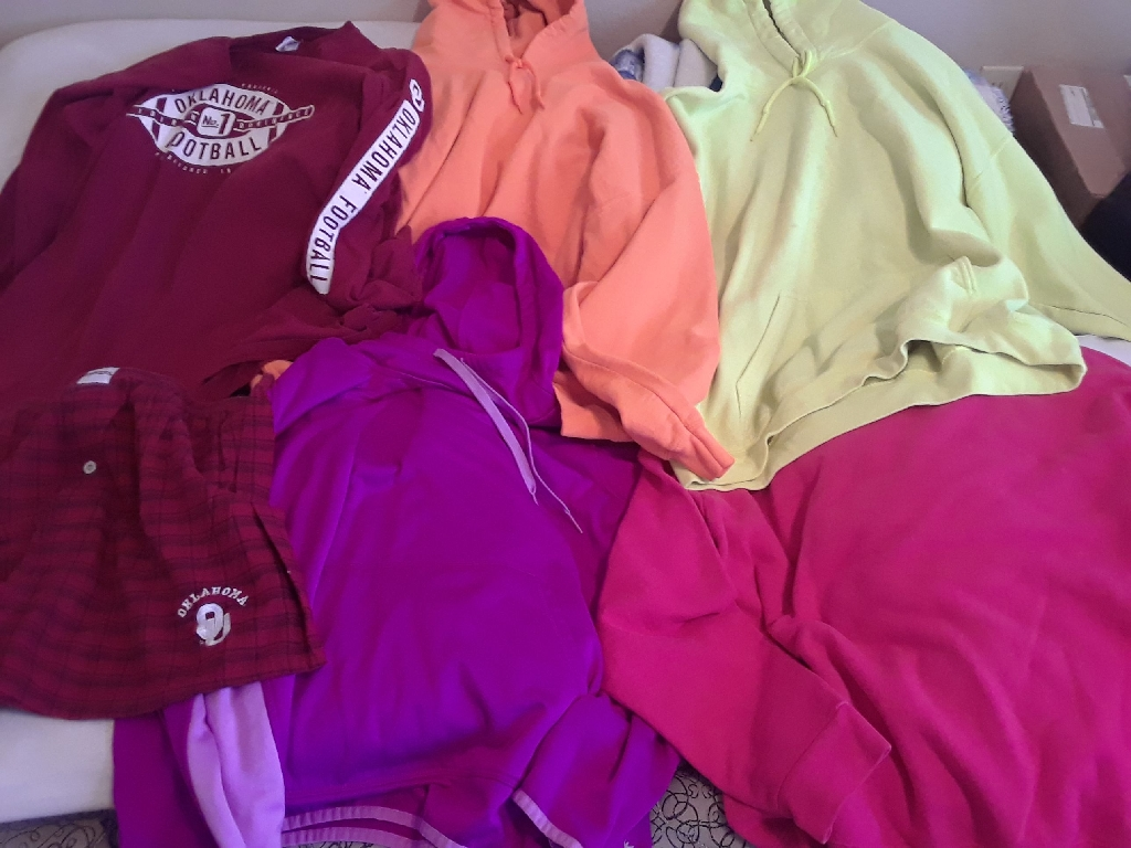 Assorted Clothing Bundle