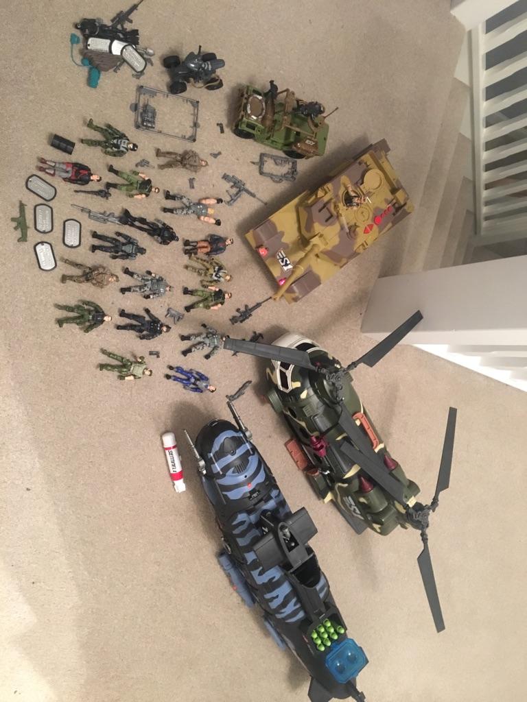 Commando Elite figures & vehicles