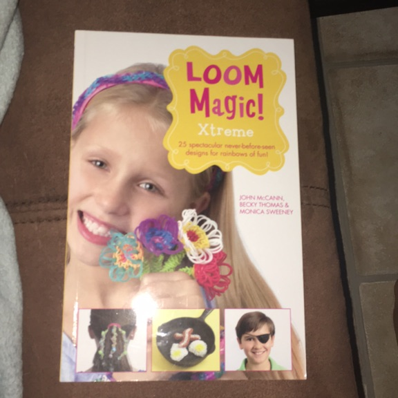 Loom band book