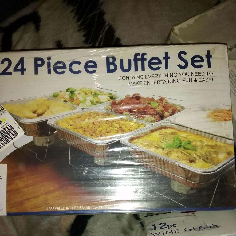 24 piece buffet set