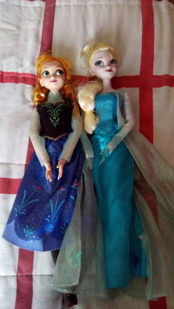 Motion censored frozen 16inch Dolls