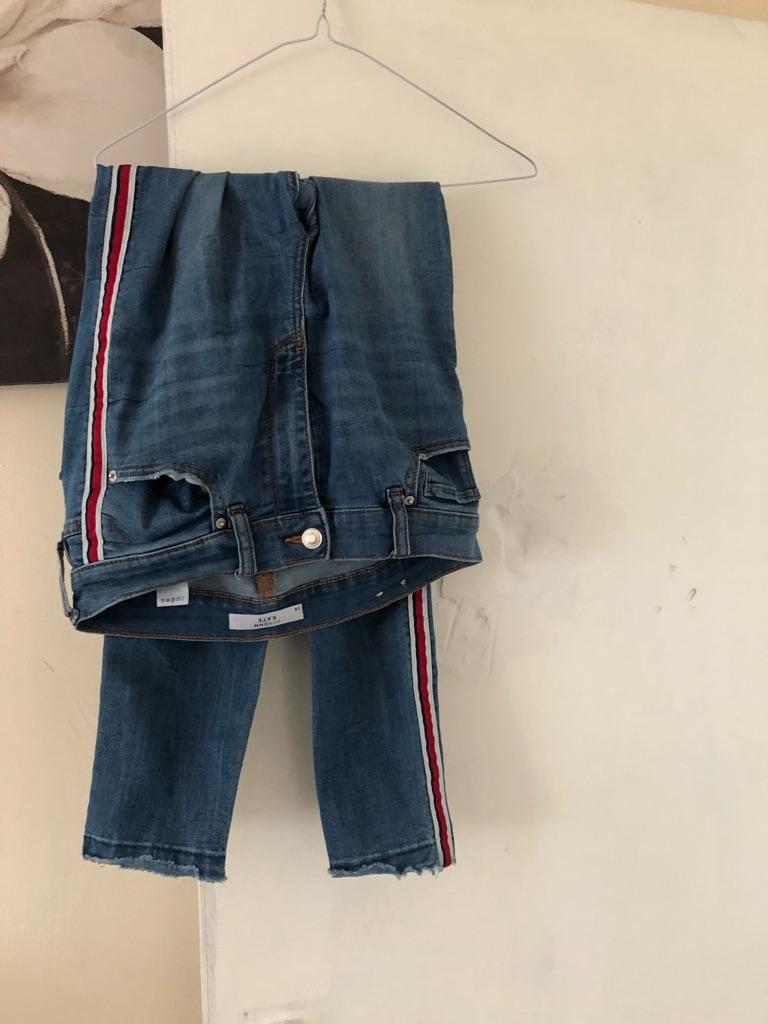 "Ladies jeans size 30"""