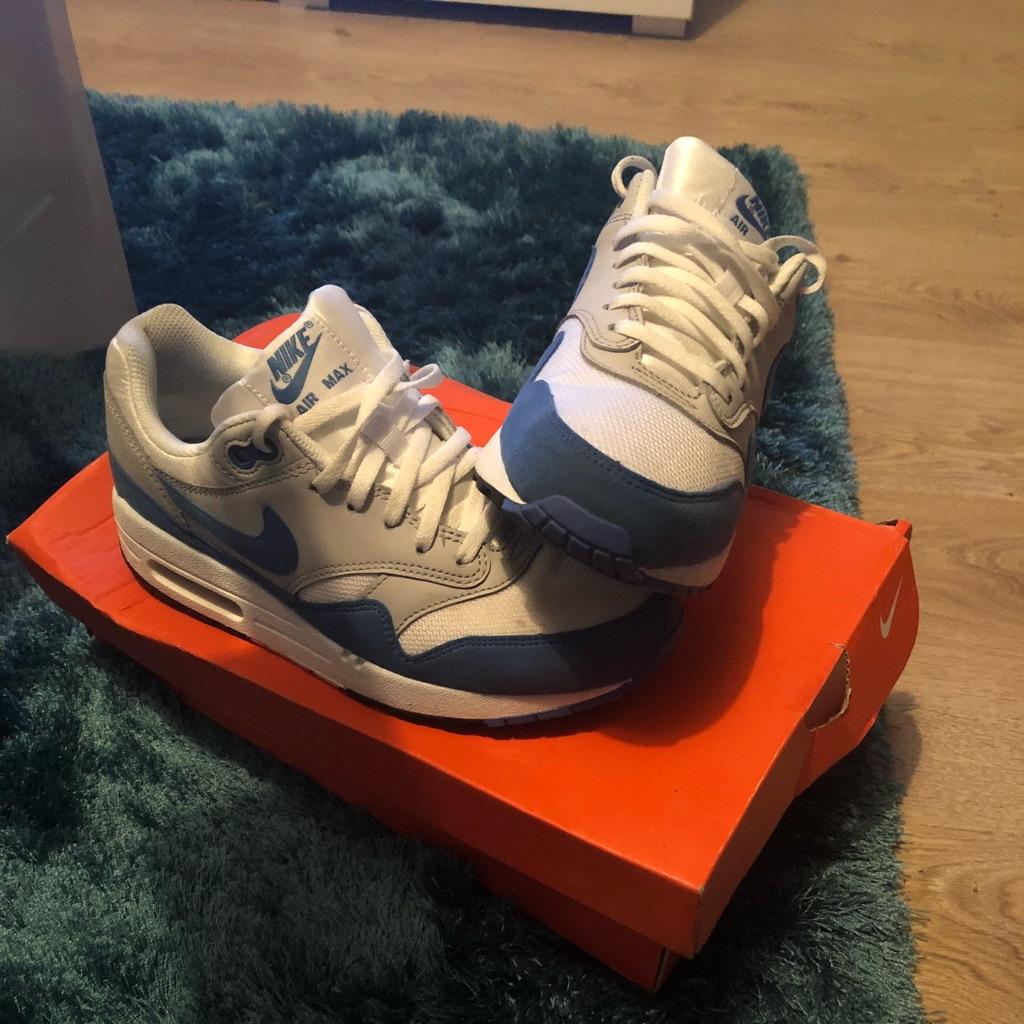 Nike Air Max Blue/sliver/White Size 4