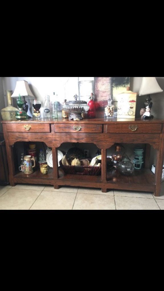 Long side table-display cabinet