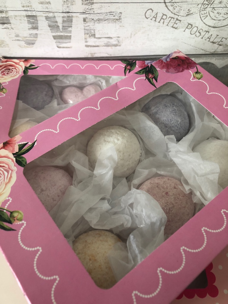 Handmade Bath Bomb Flower Gift Sets