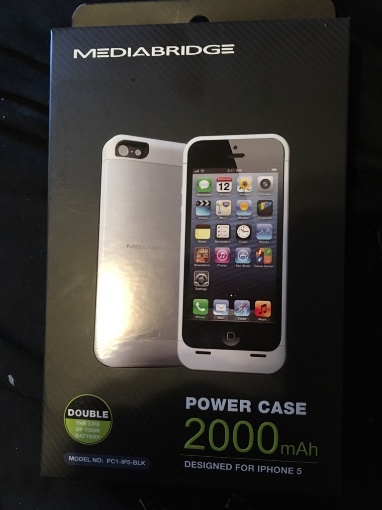 iPhone 5/5s black brand new charging case.
