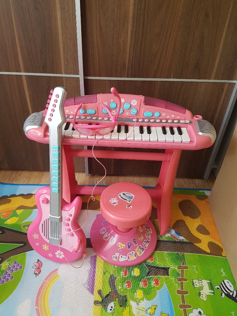 Baby girls music set