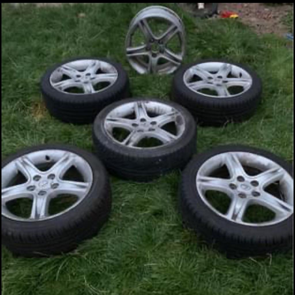 Lexus wheels 17 inch new tyres