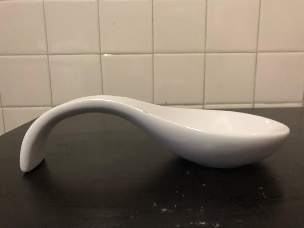 Ceramic spoon dish