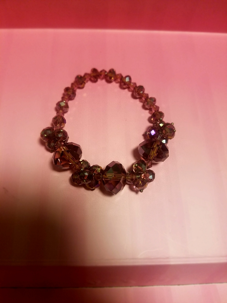 Purple crystal stretchy bracelet