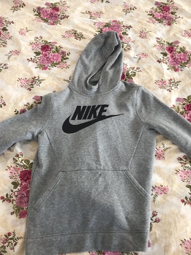 Nike grey hoodie 11-12