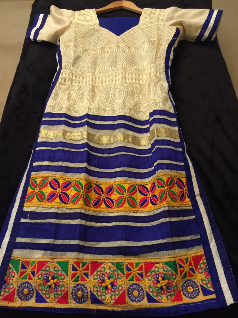 Indian outfit size 10-12 women's