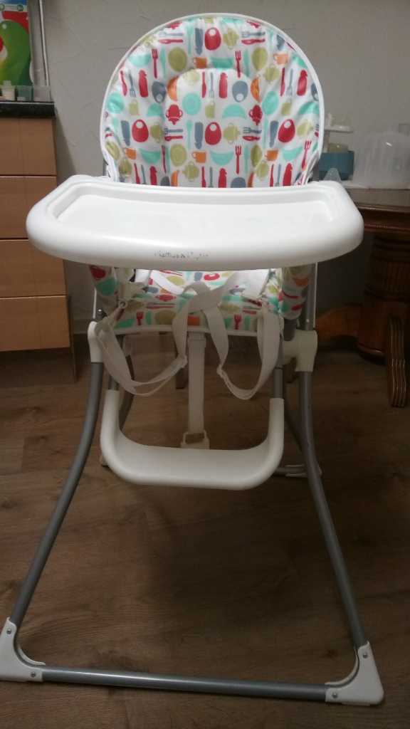 Mamas and papas high chair/feeding chair