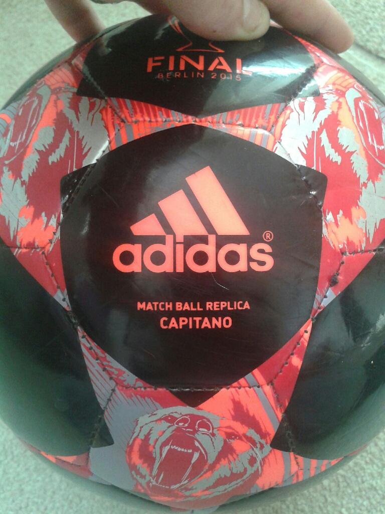 UEFA CHAMIONS LEAGUE MATCH BALL