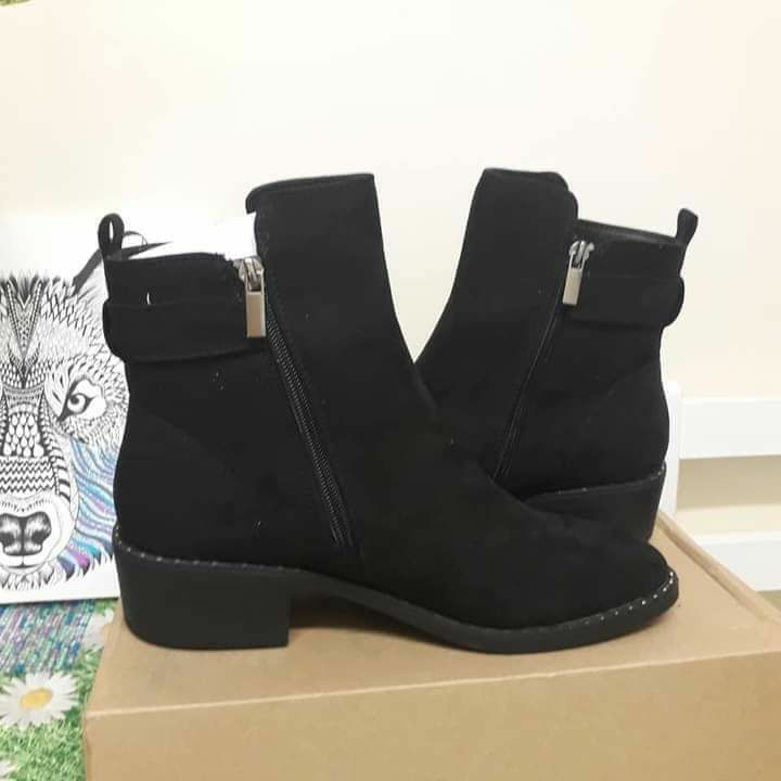 V By very Fala knot Ankle Boots Leather Suede - Black New In Box