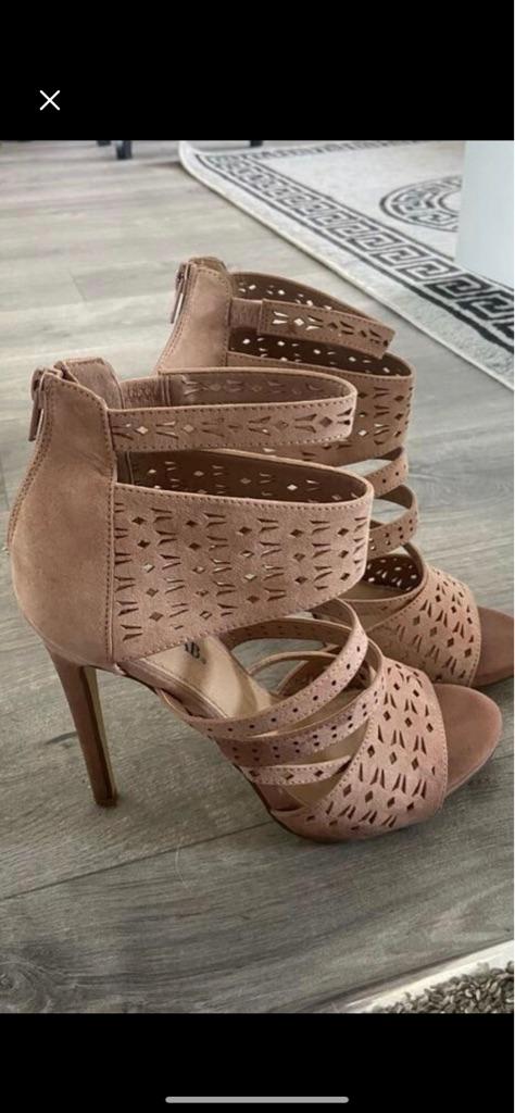 Just fab blush heels size 6