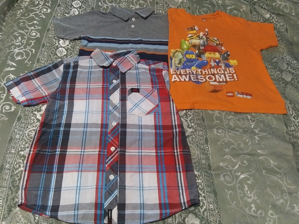 Boys size 7 short sleeve shirts