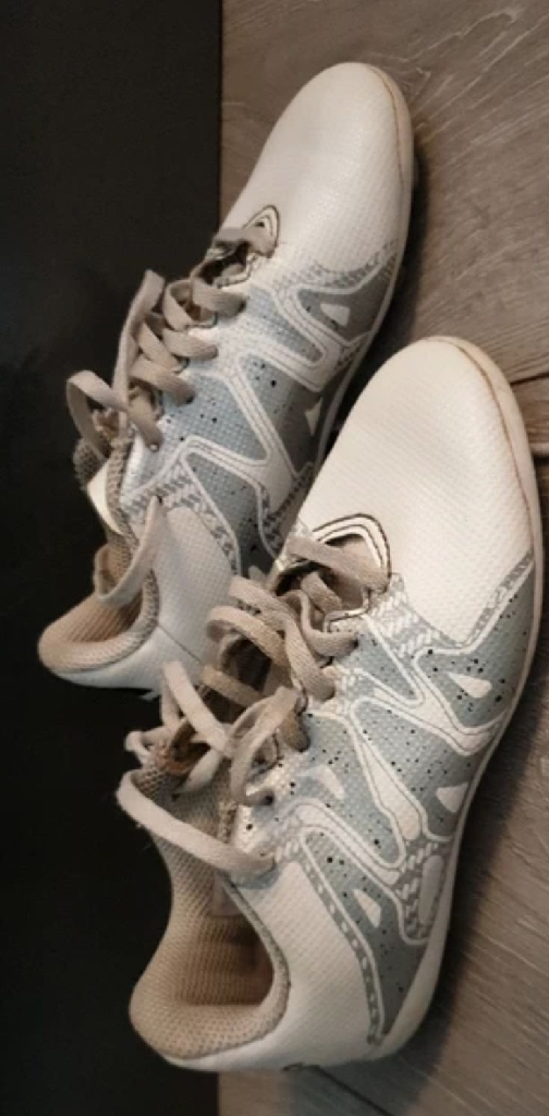Kids Adidas Togs size 10