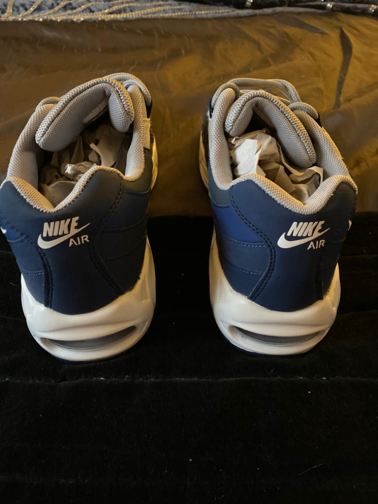 Brand new Nike Air Max size 9 not in original box