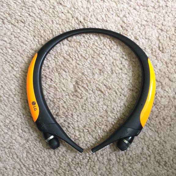 LG tone 850 Bluetooth headset