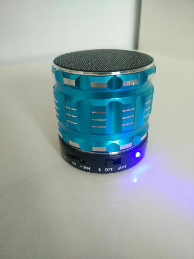 New Mini metal bluetooth speakers
