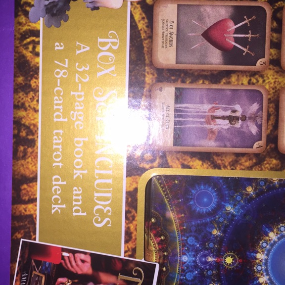 Tarot cards & book