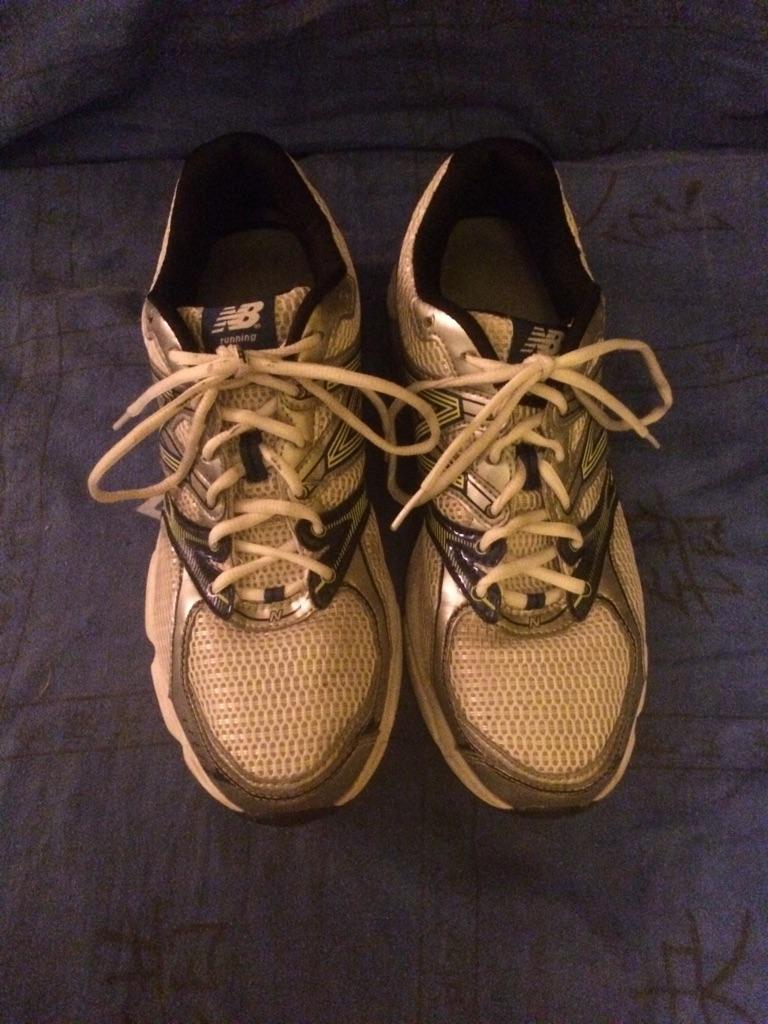 New Balance man's shoes, uk 10