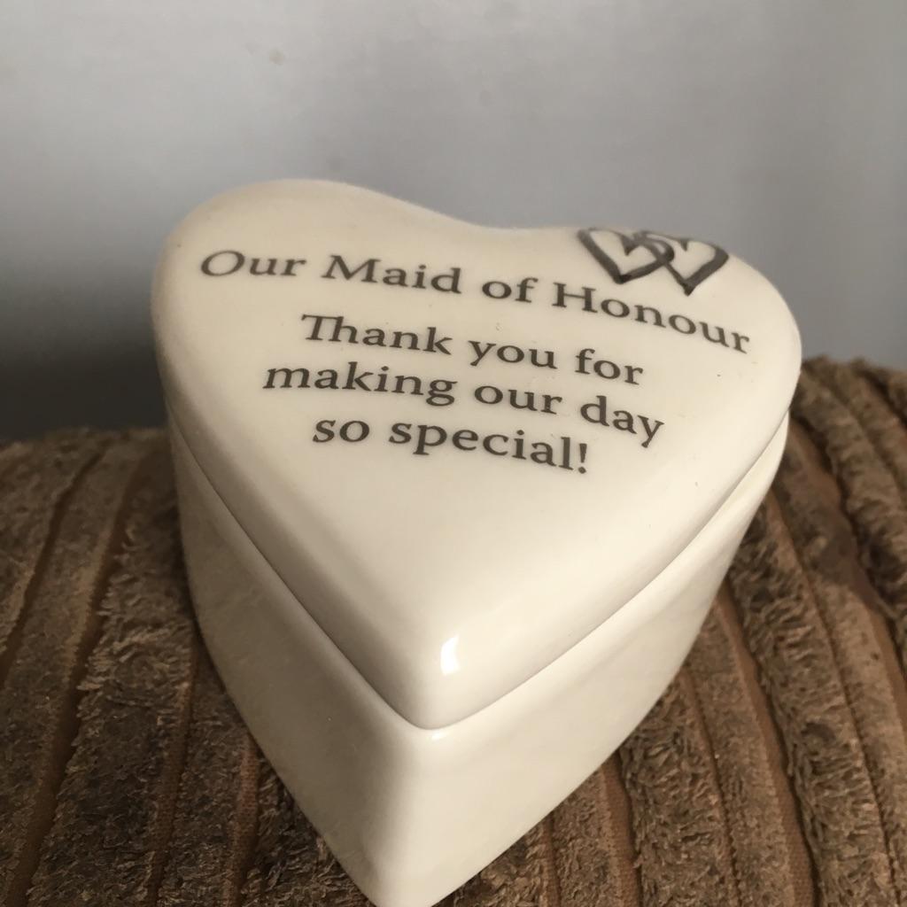 Maid of honour trinket box