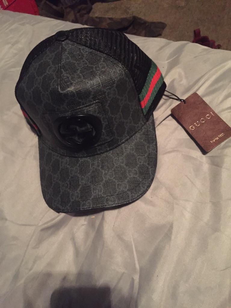 Gucci snap back