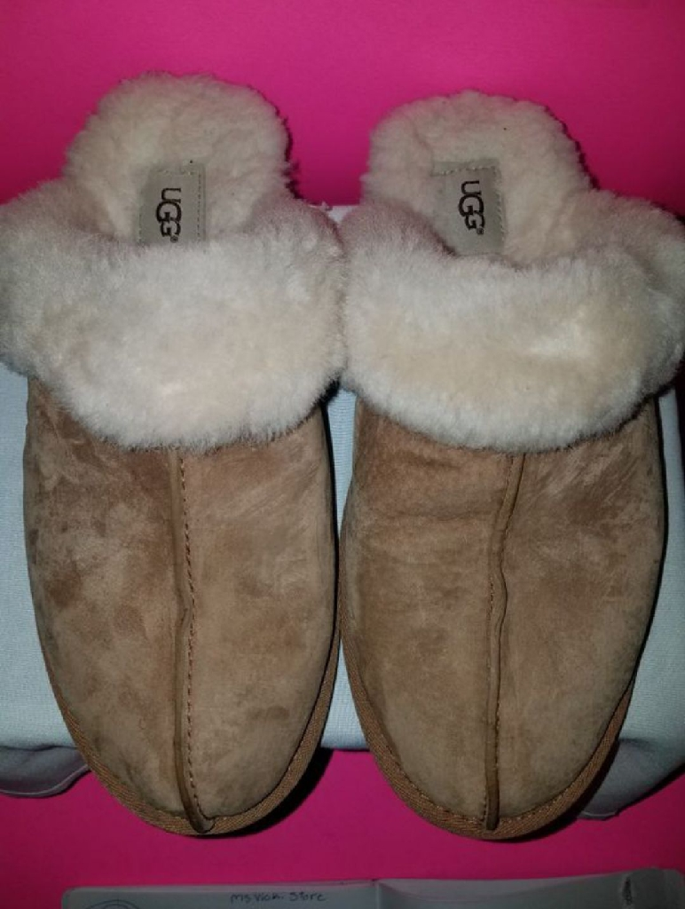 UGG Women Slipper's