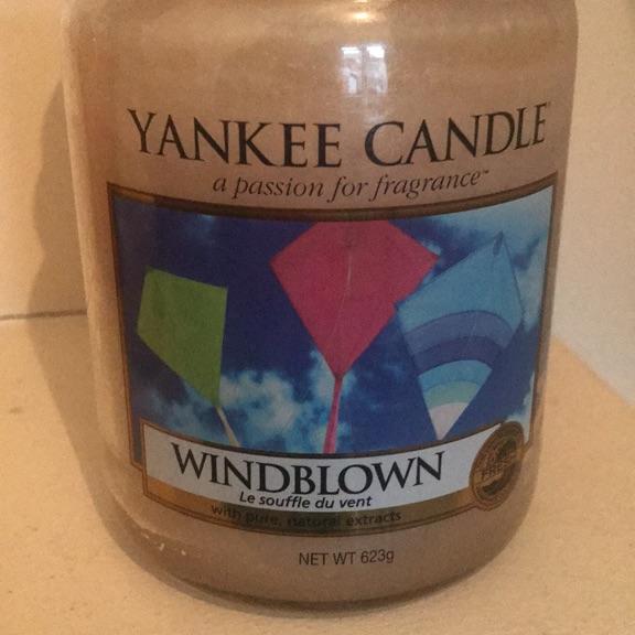 Large Yankee candle. Windblown.