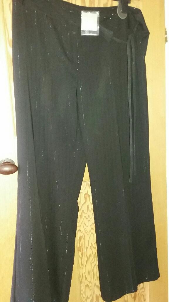 Ladies black dressy trousers size 18