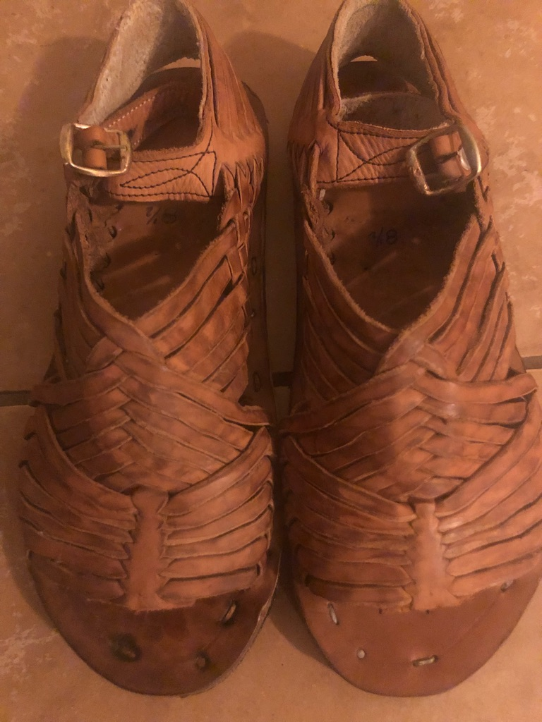1 pair of Huaraches from Mexico new.size 10