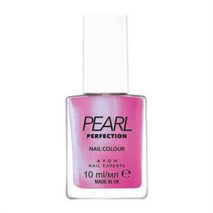 Lilac nail varnish