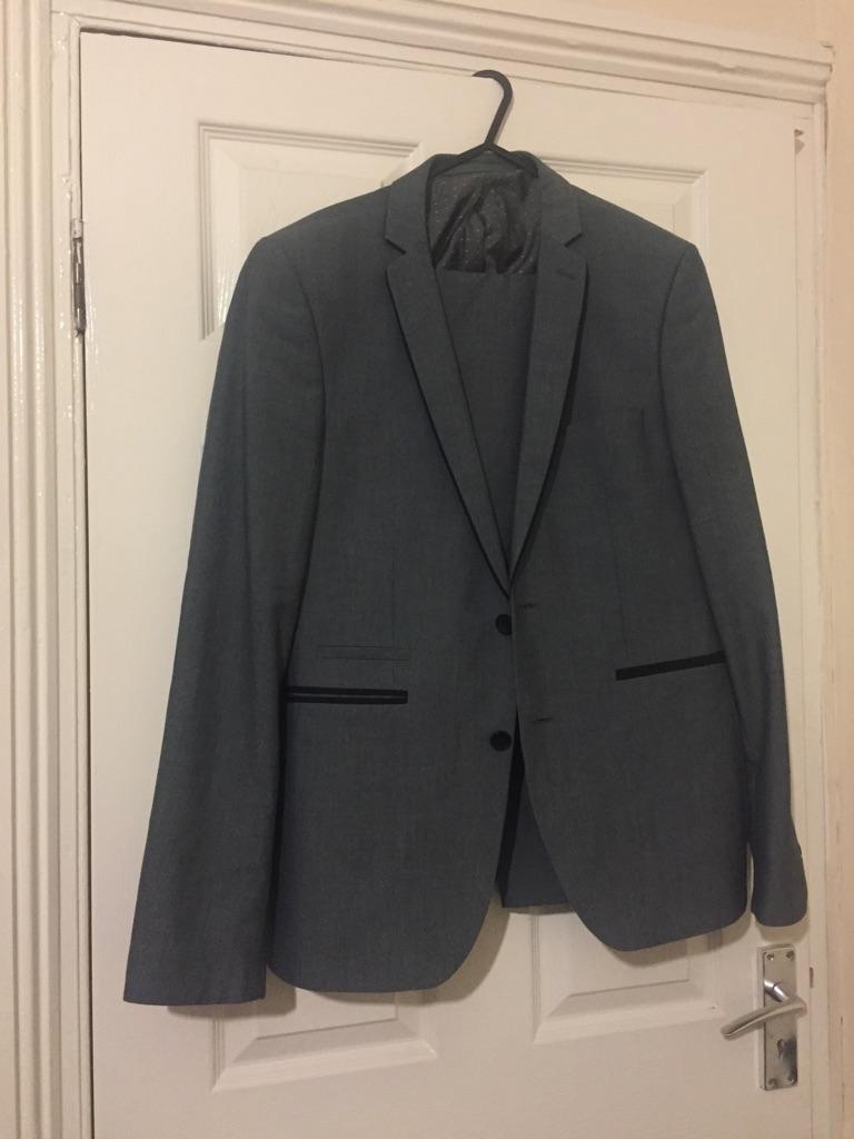 Burton mens suit