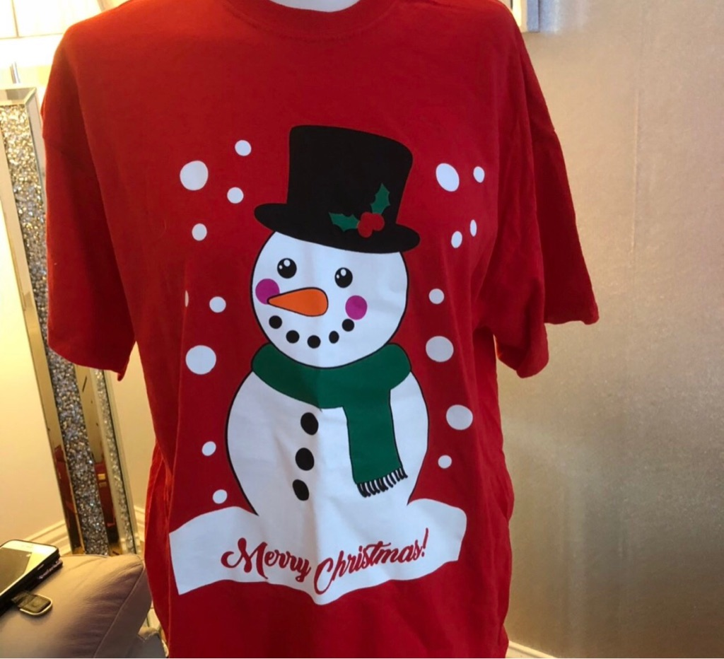 Women's red Christmas t shirt size L
