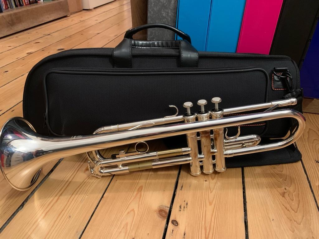 Trumpet Yamaha YTR2330