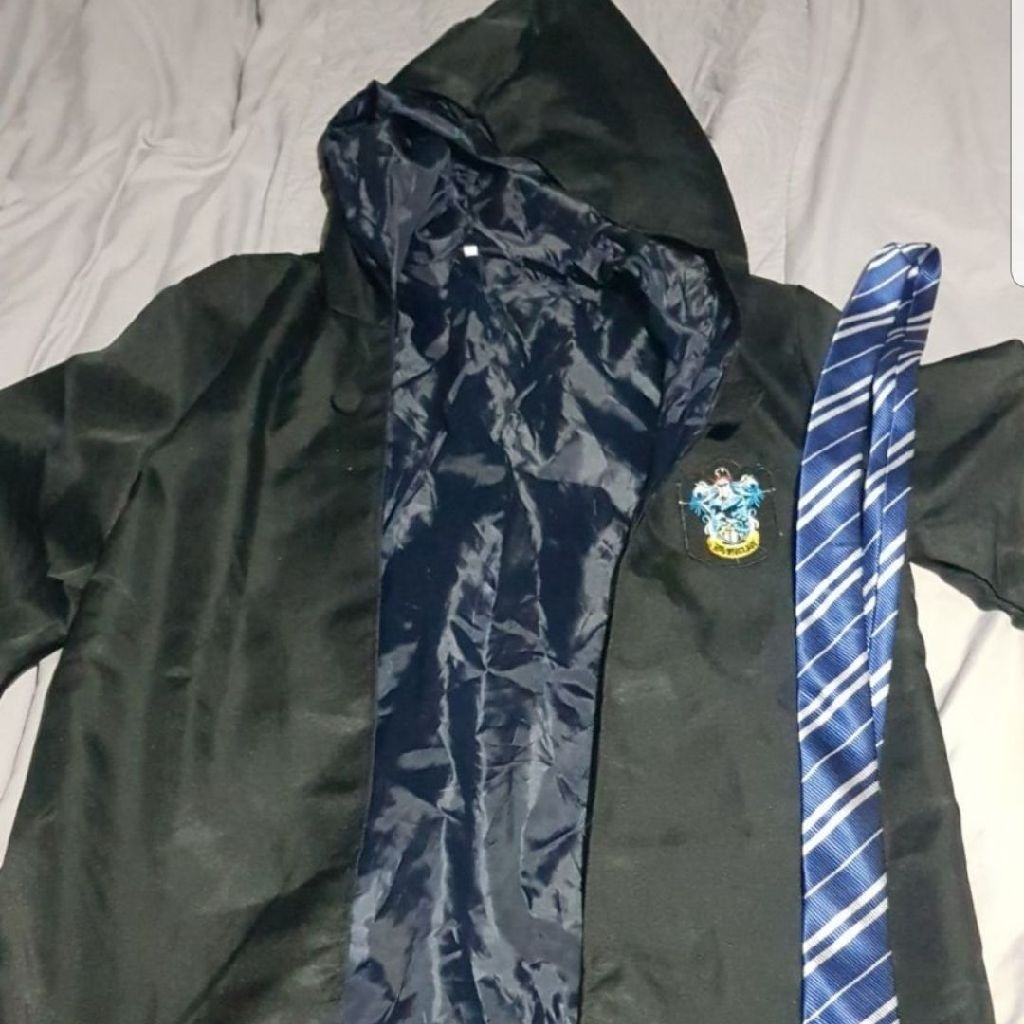 Ravenclaw Robe with tie and scarf