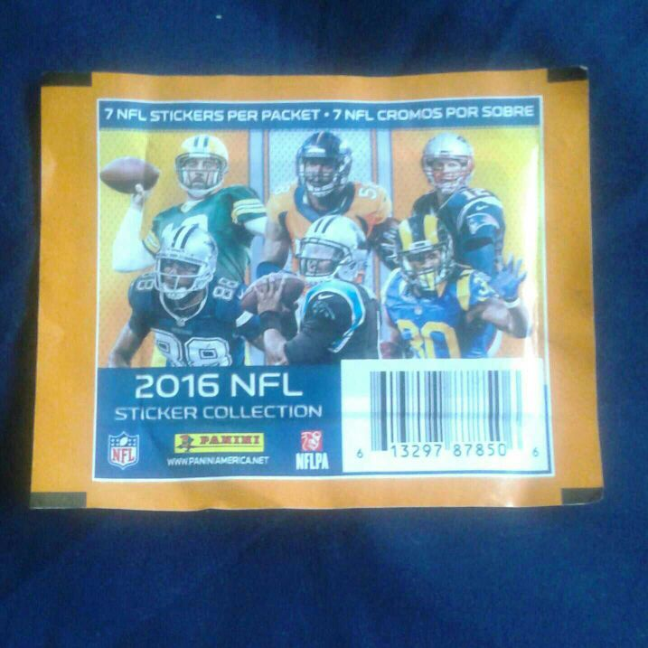 NFL 2016 Sticker Collection 7 Stickers Per Pack