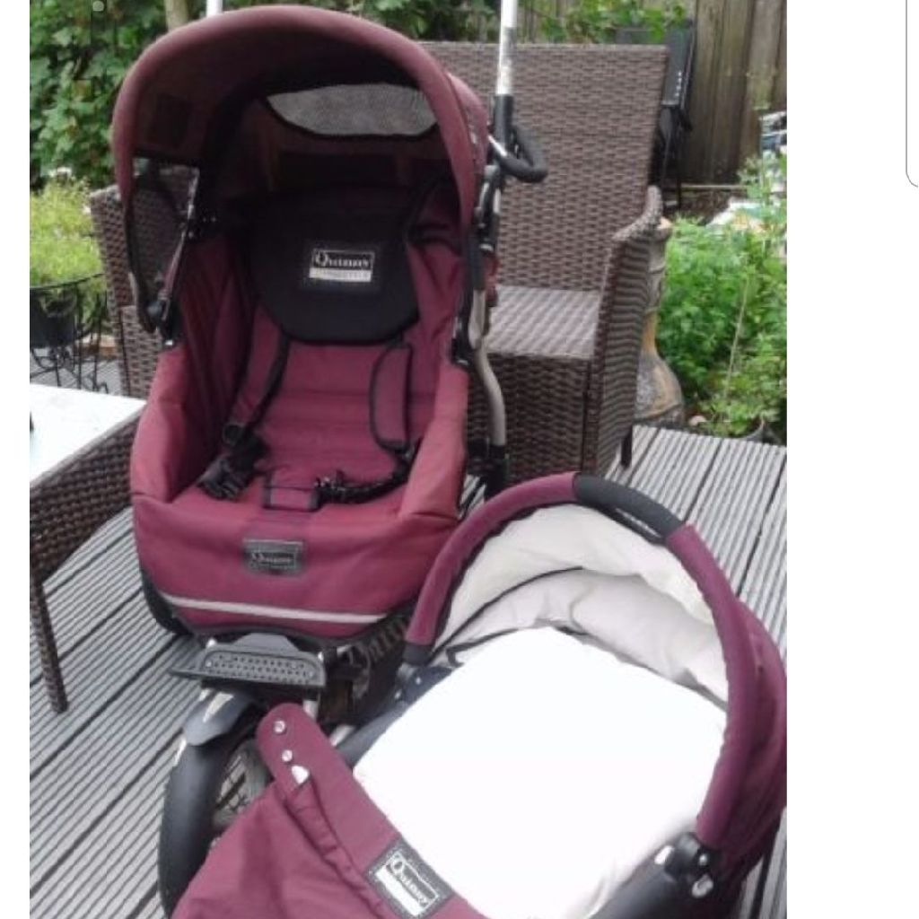 Quinny XL Freestyle travel system in burgandy