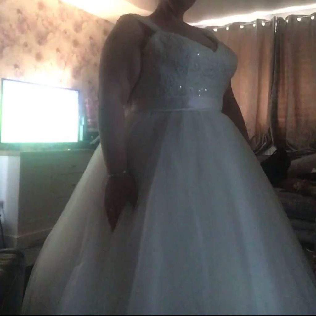 Elite wedding dress size 16