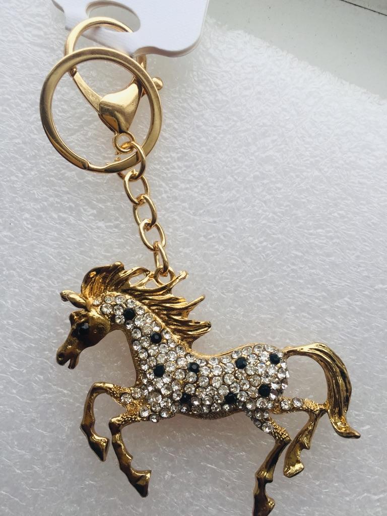 Keys ring holder with horse.### 7
